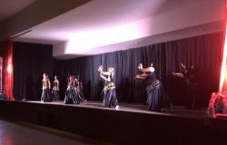 Público lotou o Centro de Eventos para conferir a 1ª Mostra de Dança de Jaciara