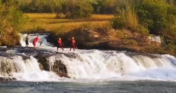 Banhista se afoga e desaparece no complexo da cachoeira da Mulata em Jaciara