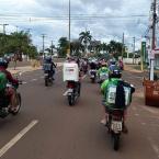 Motoboys e entregadores promovem manifestação pela morte do motociclista Brendo.