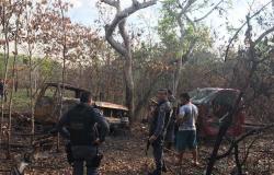 Polícia Militar encontra desmanche em mata na zona rural de Jangada