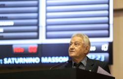 Corregedor na AL não descarta investigar e afastar 15 deputados citados por Silval