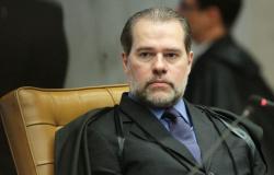 STF decide que Executivo não é obrigado a conceder RGA a servidores