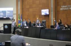 Deputados voltam do recesso na próxima segunda-feira; contas de Taques e LOA devem ser votadas este mês