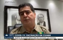 Prefeito diz após reunião com Pazuello que vacinação em Cuiabá começa no dia 20 e que previsão é imunizar mais de 100 mil pessoas.