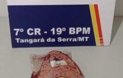 PM prende homem que roubou picanha em supermercado de Tangará da Serra.