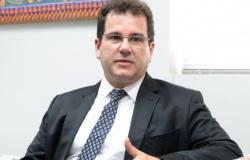 TSE aprova três nomes e Bolsonaro fará escolha para juiz do TRE-MT