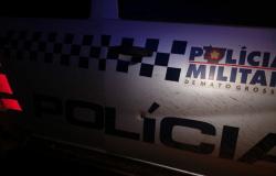 Polícia é recebida a tiros, em diligência que apreendeu veículo, armas de fogo, munições e dinheiro em espécie.