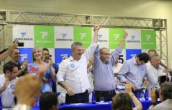 DEM oficializa Júlio Campos como candidato ao Senado em convenção com 2 mil apoiadores