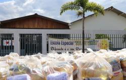Vereador de Nova Maringá doa seu salário para comprar cestas básicas que serão entregues para famílias de alunos da APAE