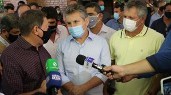 Governador e Comitiva visitam obras de pavimentação da rodovia que liga Nova Maringá a São José do Rio Claro