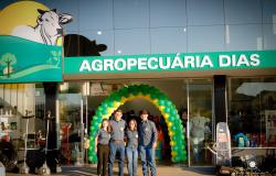 AGROPECUARIA DIAS reinaugura Loja em São José do Rio Claro