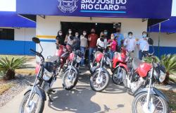 Administração Municipal adquire novas motos com recurso próprio para melhor atender o contribuinte Rio-clarense