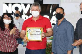 DIlmar recebe Moção de Aplausos dos Vereadores da Câmara Municipal de Nova Maringá