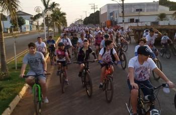 Pedalada Catequética encerra atividades do Mês das Vocações em São José do Rio Claro
