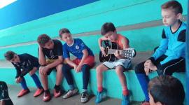 Show de talento na escolinha de futsal em São José do Rio Claro