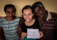 Casal acolhe adolescente e providencia emissão de documentos