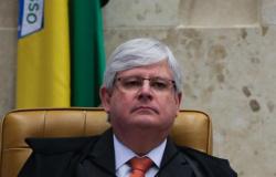 É necessário afastar Renan imediatamente da presidência do Senado, diz Janot