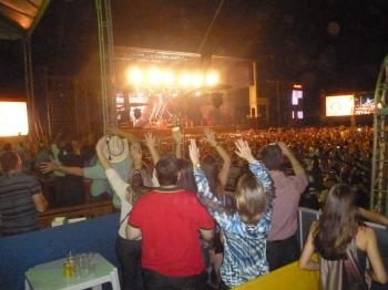 Show com Ivete Sangalo é a grande atração nesta primeira noite de Exposerra.