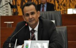 Vereadores por Cuiabá poderão assumir como deputados sem renunciar ao cargo