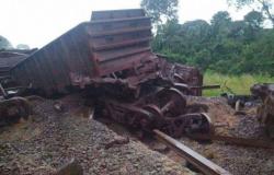 Trem descarrila e passageiros são despejados em Marabá