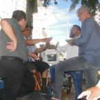 hauahuahauhauhauahhauhauahuahuahauhuDando sequência ao diálogo com os tradicionais engraxates do Centro de Cuiabá o Sr. Aquilino Silva e seu Edinho.