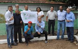 Hoje teve início a ação de reforma do Centro Comunitário do Bairro Novo Terceiro e Construção da Praça.