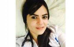 Agentes apreendem celular em cela de médica presa sob acusação de ajudar a planejar morte de prefeito em MT