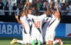 Vasco bate Botafogo e os dois avançam à semi da Taça Rio