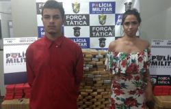 Casal de jovens é preso em MT com meia tonelada de maconha em carro roubado