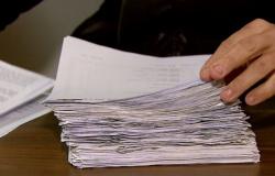 Erros de português pesam mais que falta de experiência na eliminação do candidato a emprego, diz pesquisa