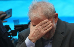 Governo federal gasta R$ 730 mil por ano com funcionários de Lula