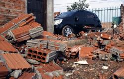 Dezenas de casas são danificadas com vendaval e chuva de granizo em Sinop