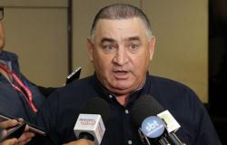 Juiz bloqueia conta de Nininho e suspende direitos políticos