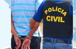 Policiais prendem pistoleiro em churrasco com amigos em MT