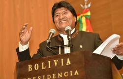 Evo Morales convoca novas eleições presidenciais na Bolívia
