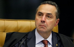 STF: candidatura avulsa pode ser votada no 1º semestre, diz Barroso