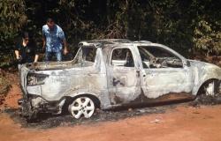 Corpo é encontrado em carro incendiado em Sinop
