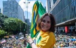 Regina Duarte rescinde contrato com a Rede Globo