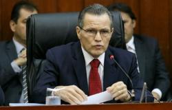 Silval ingressa com habeas corpus para não depor na Câmara