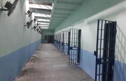 Estado restringe visitas; idosos e grávidas não entrarão em presídios