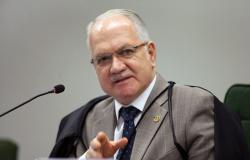Fachin nega pedido de Frota para afastar presidente Bolsonaro