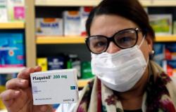 Farmácias italianas distribuem gratuitamente a hidroxicloroquina para pacientes com covid-19 tratados em casa