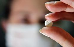 OMS anuncia retomada de testes com hidroxicloroquina para covid-19