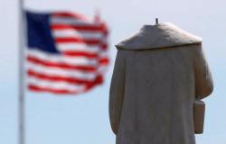 Venezuelana adverte: destruição socialista começa com demolição de estátuas e censura de tudo