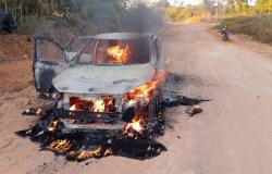 Paranaíta: Ladrão é flagrado colocando fogo em carro após tentar roubar banco e acaba baleado