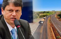 """""""36 obras no 1° semestre e vamos entregar 40 no 2º"""", diz Tarcísio"""