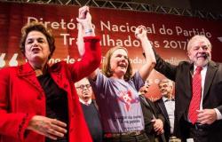 """PT lança plano nacional com o objetivo de """"reconstruir"""" o Brasil"""