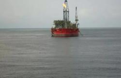 Costa oeste da Venezuela é atingida por derramamento de petróleo