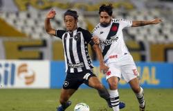 Vasco triunfa em clássico com Botafogo