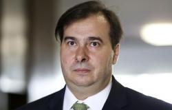 Rodrigo Maia é diagnosticado com o novo coronavírus
